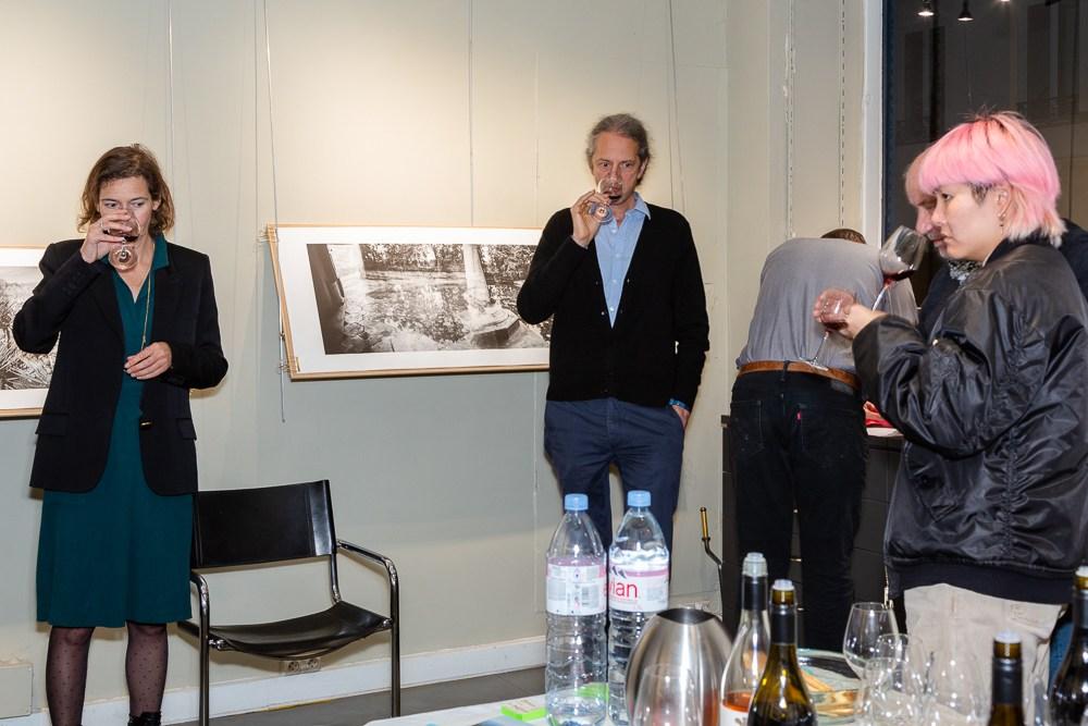 Three Feathers wine tasting workshop at Studio Galerie B&B, Pari